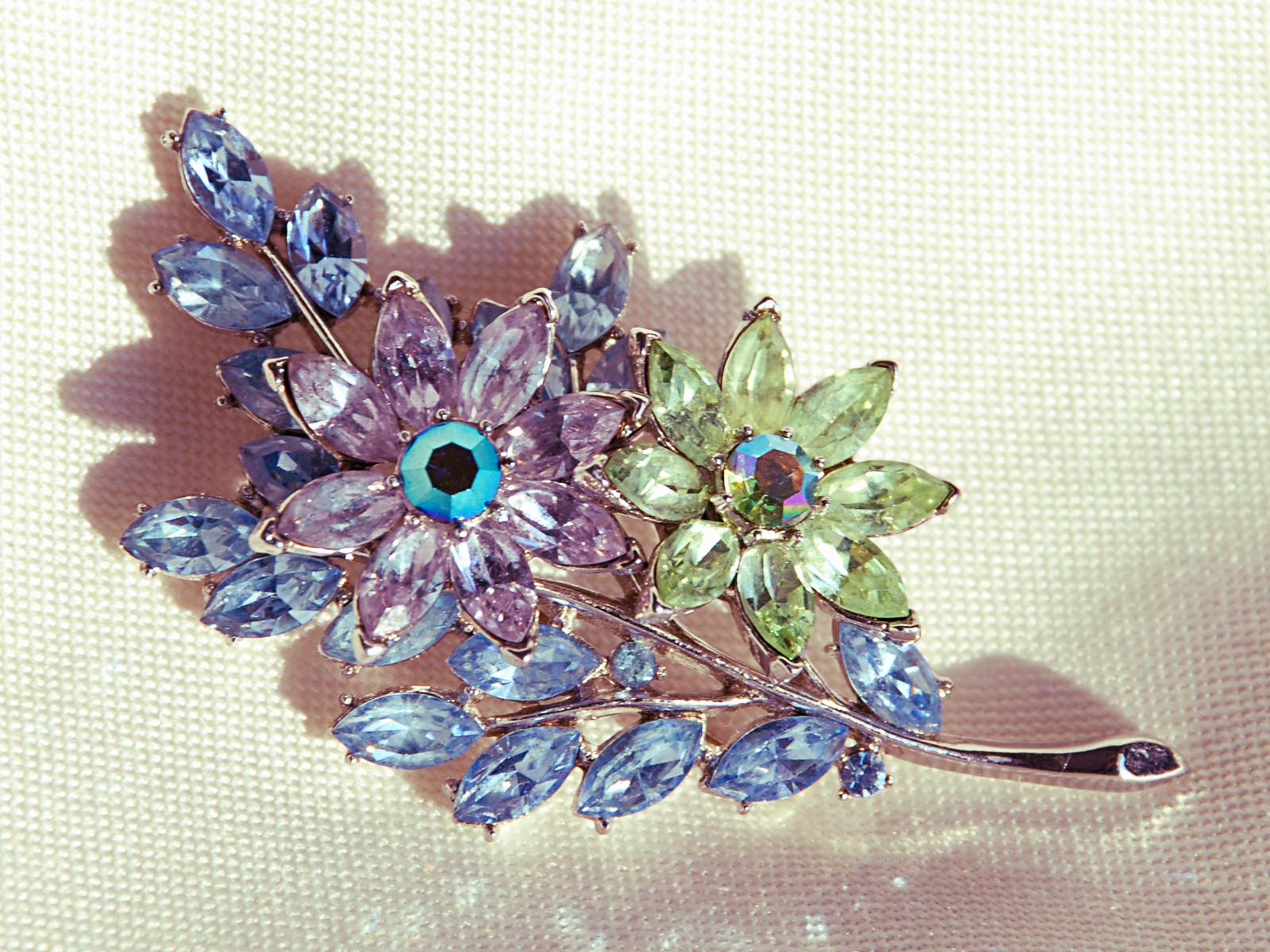 Trifari Floral Pin Brooch
