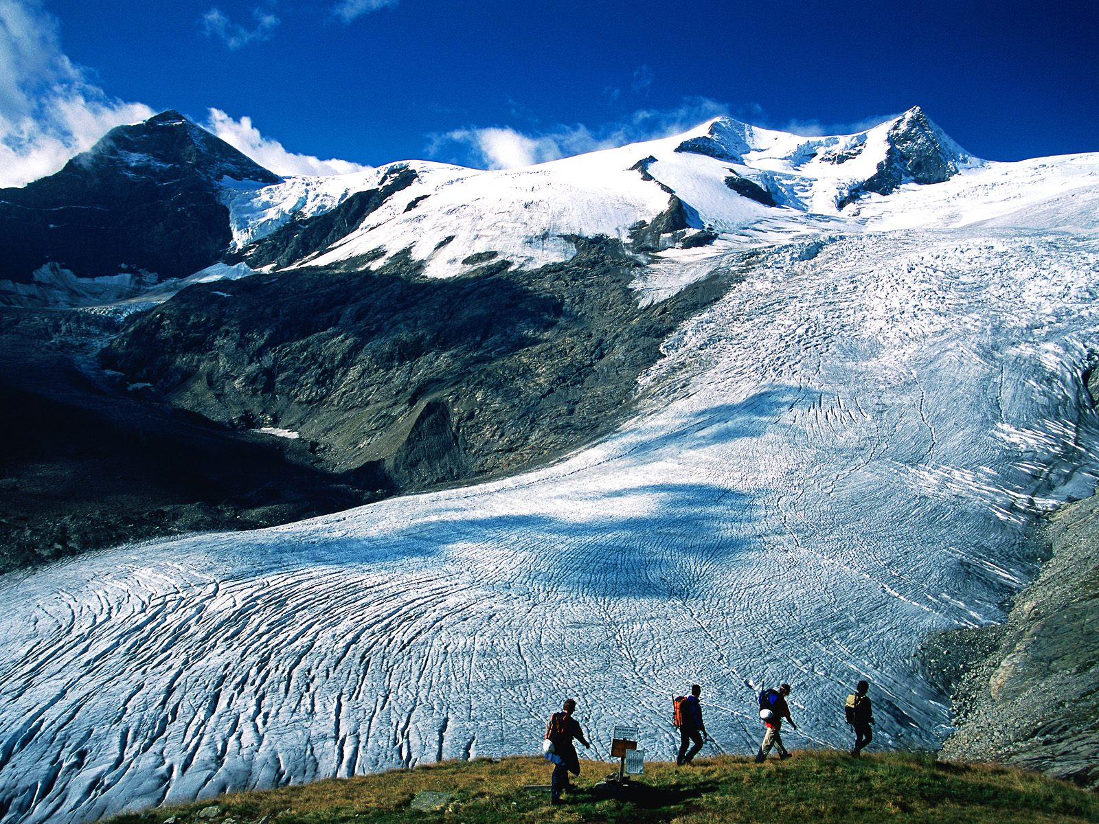 http://3.bp.blogspot.com/-s1j1m4prqU8/TonLsl3fwbI/AAAAAAAAAZE/Gx_oEVeDSD0/s1600/Schlaten+Glacier%252C+Hohe+Tauern+National+Park%252C+Austria.jpg