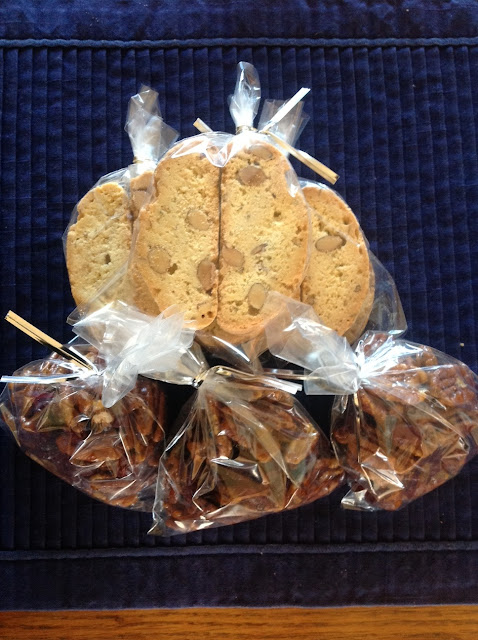 biscotti and cranberries with pecans