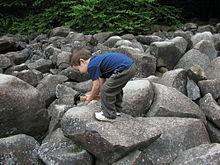 Ringing_Rocks