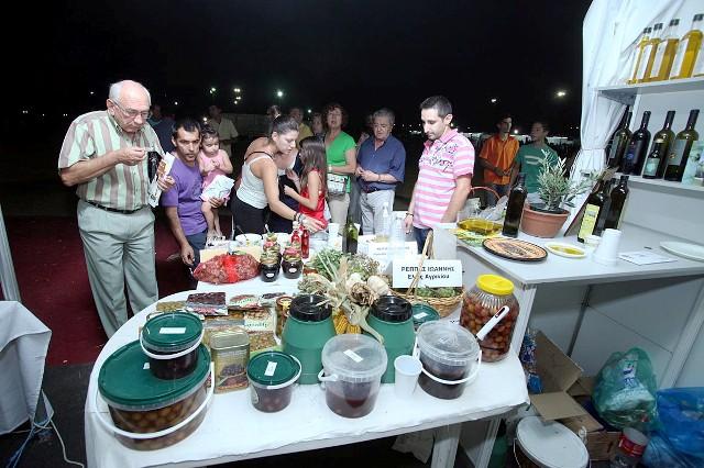 Τεράστια επιτυχία η 1η έκθεση τοπικών προϊόντων στο Μεσολόγγι