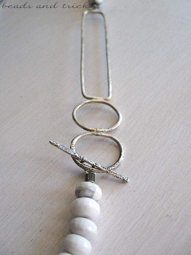 Collana in argento e howlite