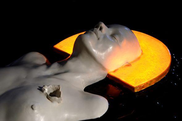 Ângela Lergo esculturas e instalações de arte surreais oníricas Barroco