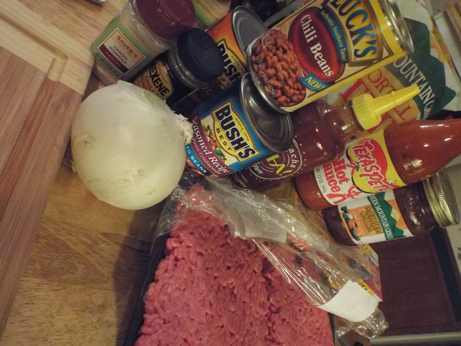 Ingredients for Texas Pete CHA! Chili
