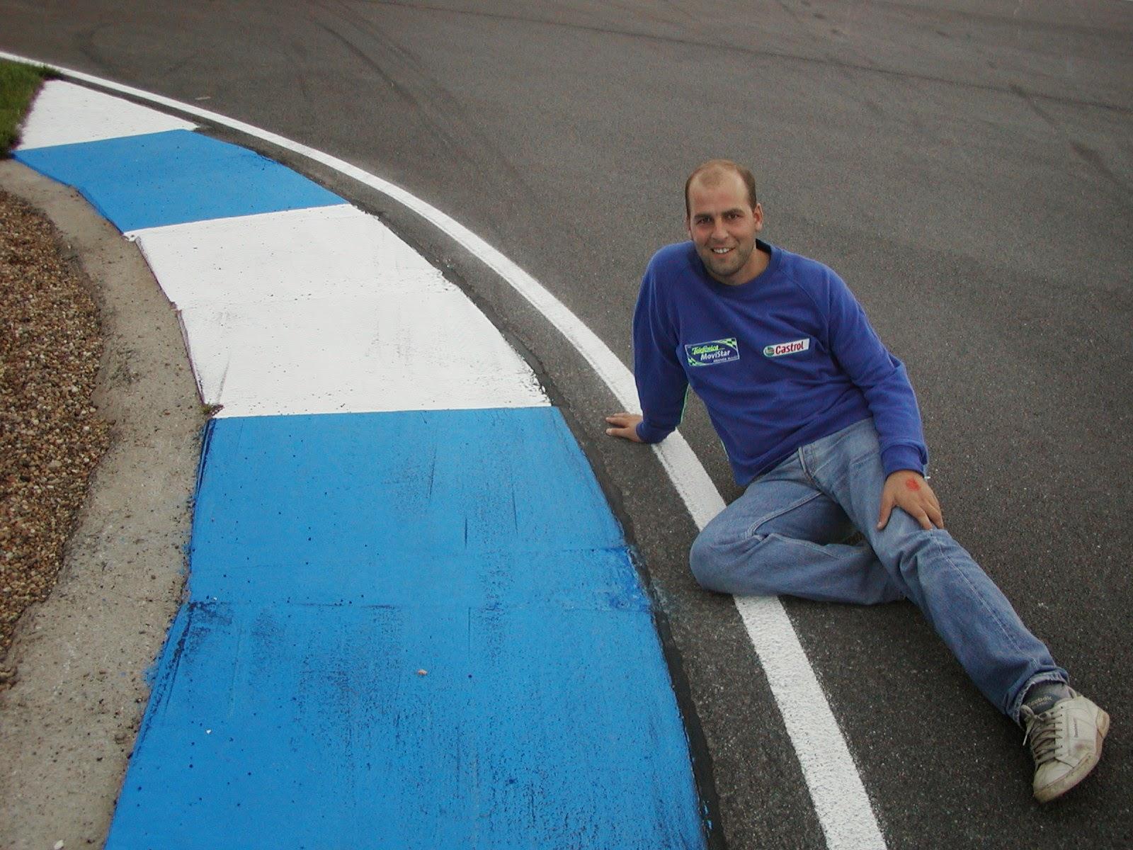 curva del circuito de Donington Park