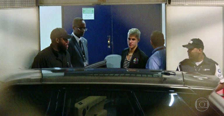 Justin Bieber chega ao Brasil para primeiro show no Rio de Janeiro