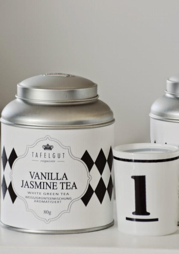 Nowy smak z serii black& white - Vanilla Jasmine Tea