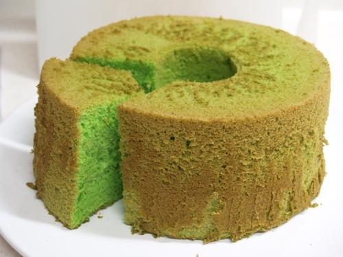 Want To Tell You: You Must Love This Pandan Chiffon Cake Recipe