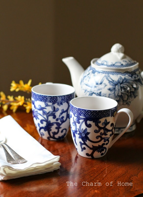 Blue & White Tea: The Charm of Home