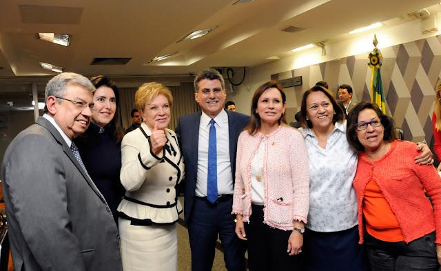 Comissão da Reforma Política do Senado aprova cota mínima para eleição de mulheres nos próximos três pleitos