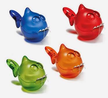 hilo dental en forma de pez, imagen 4 peces rojo azul verde y naranja