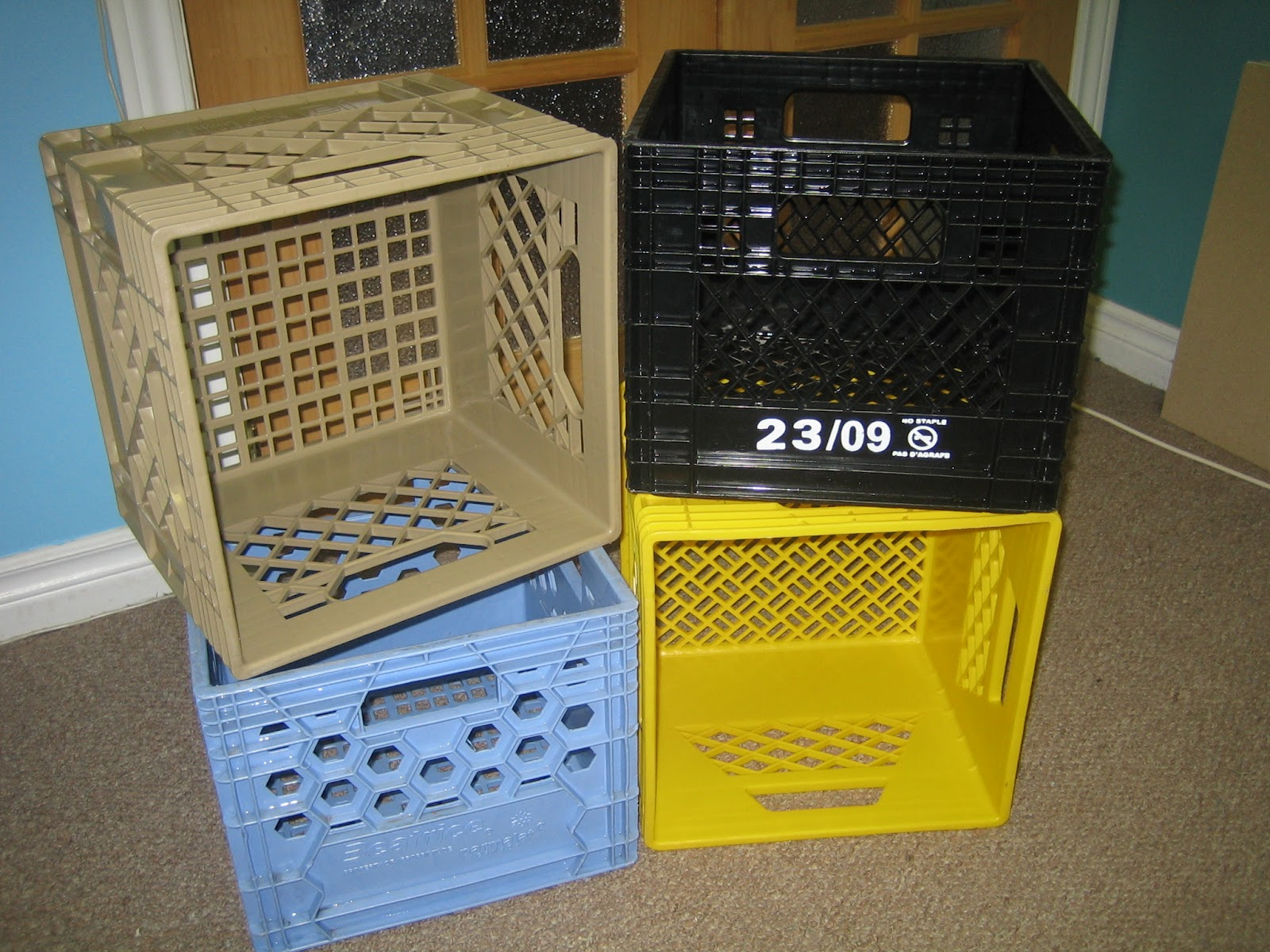 Nickety nackety noo milk crate bookshelves for What to do with milk crates