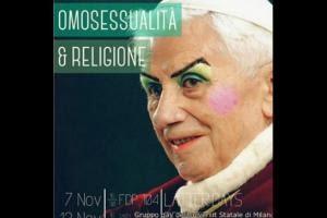 Foto del papa Benedicto XVI maquillado