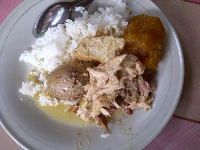 Warung Makan Gudeg Opor Mbak Tum Seputar Semarang