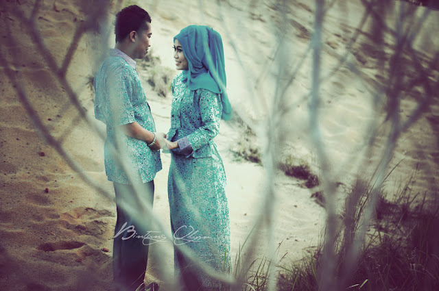 konsep foto prewedding hijab outdoor vintage retro