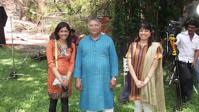 Dipty Gharat, Nikita Gharat with Vikram Gokhale