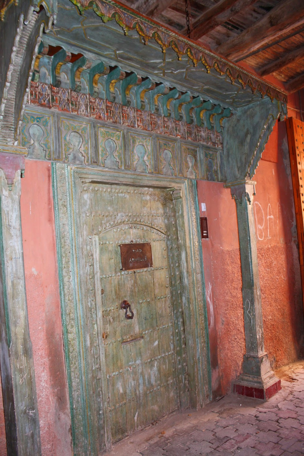mischas reiseseite besondere unterk nfte das riad armelle in marrakesch. Black Bedroom Furniture Sets. Home Design Ideas