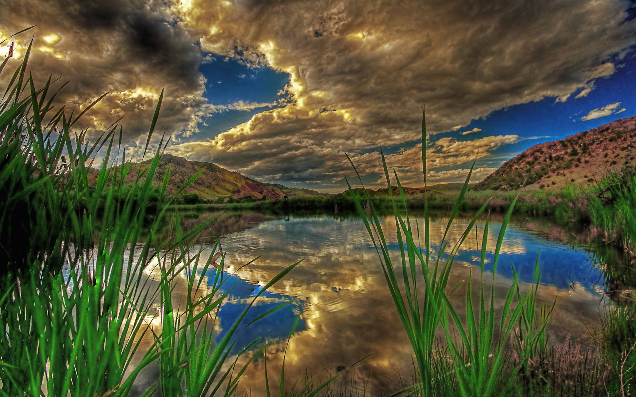 http://3.bp.blogspot.com/-s3T-RUAKC00/TVbw5mj0XeI/AAAAAAAAC-A/a5dMNQzSE1I/s1600/nature_landscape_3.jpg