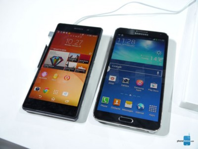 Perbandingan Layar Xperia Z2 dan Note 3, Mana yang Lebih Hidup?