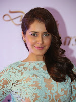 Rashi Khanna photos at Memu Saitam dinner event-cover-photo