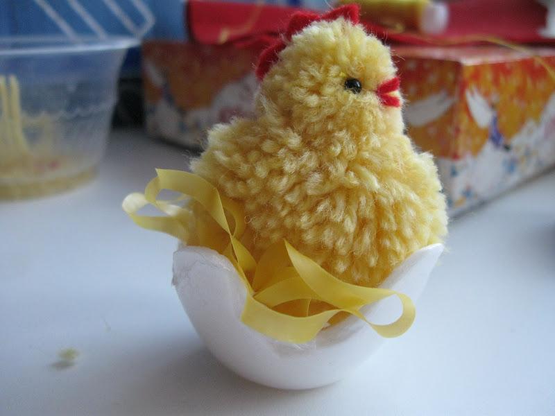 Цыпленок-поделка на Пасху