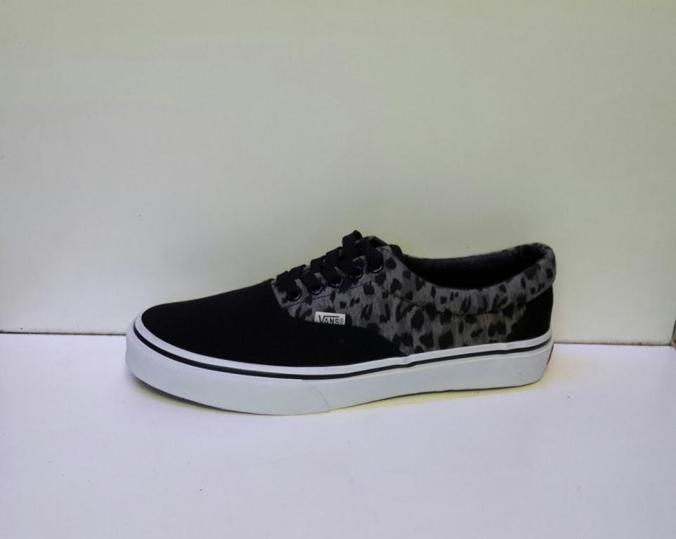 Grosir sepatu Vans Leopard Era