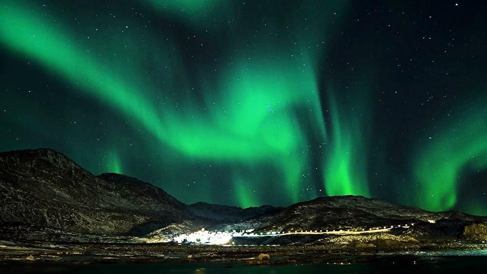 Aurora Borealis, Alaska | Favorite Tourist Places Wallpaper Download