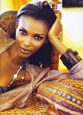 Wanita tercantik di dunia-Agbani Darego.jpg