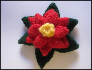 Ajantha/Crochet/Poinsettia
