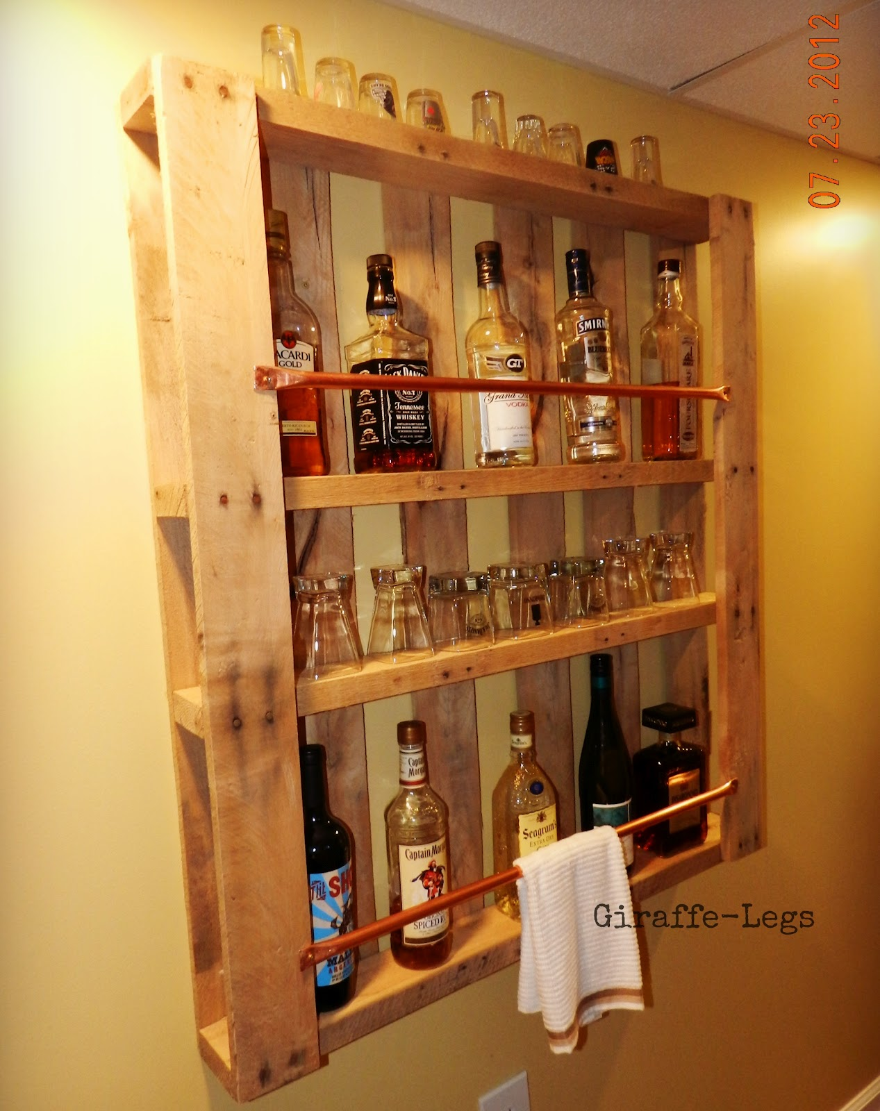 Do it yourself pallet bar for How to build a wall bar