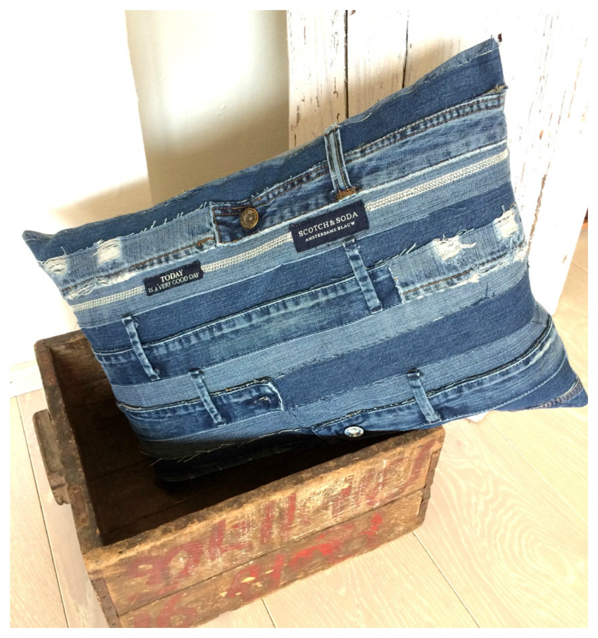 anlukaa glas faden schon wieder upcycling blue jeans love. Black Bedroom Furniture Sets. Home Design Ideas