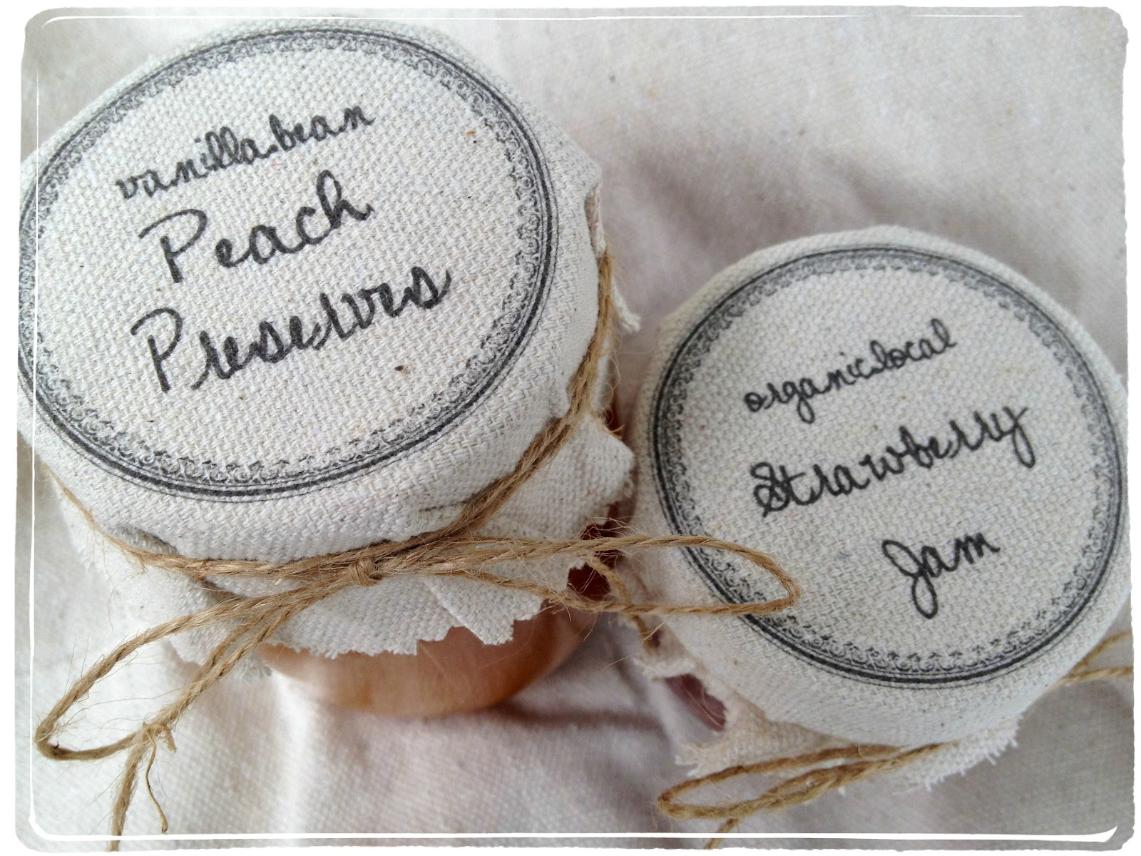 Jennuine by Rook No. 17*: Personalized Fabric Mason Jar Label Tutorial