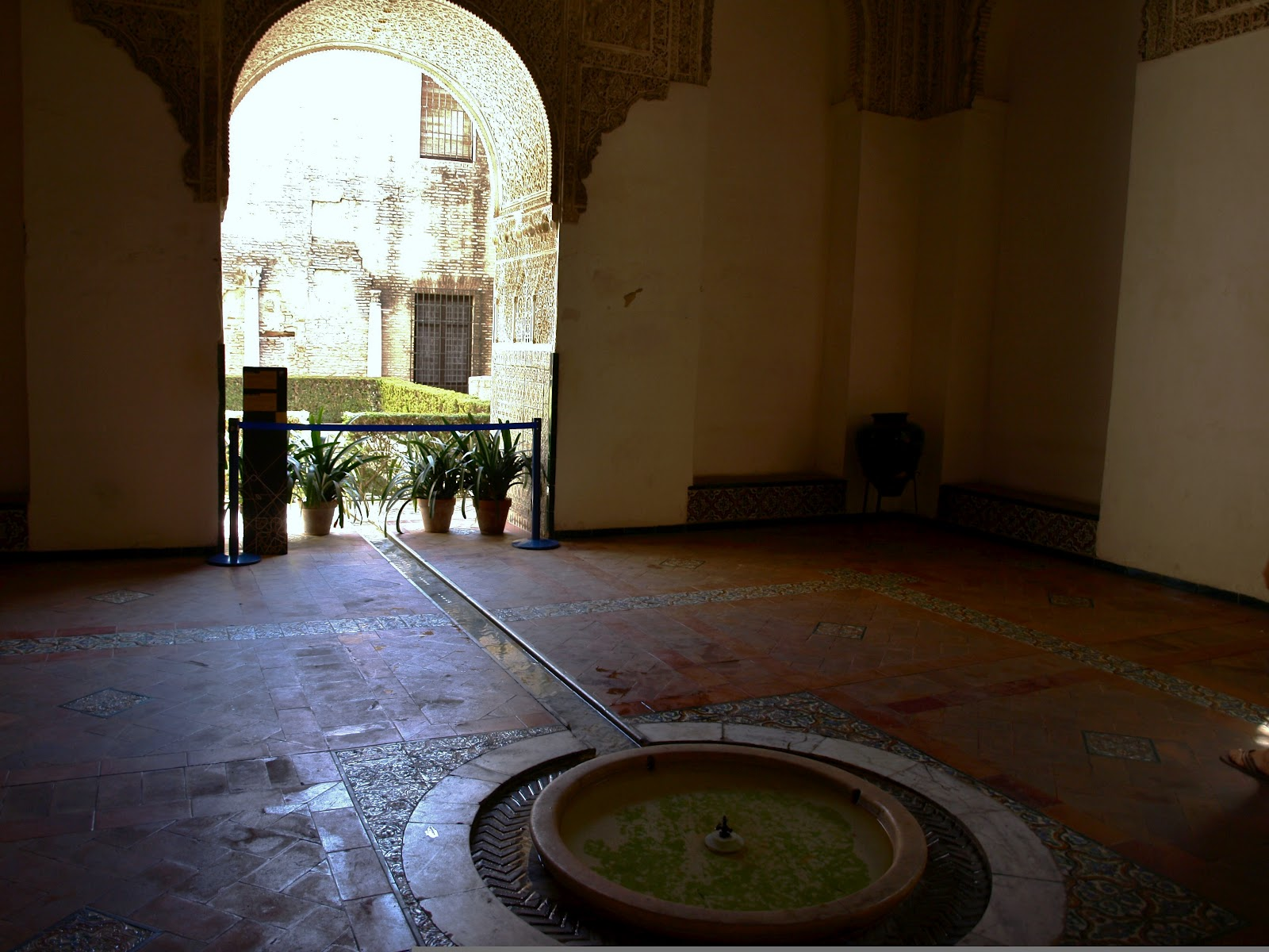 Sevilla daily photo alc zar 3 la sala de la justicia for Sala 0 teatro sevilla
