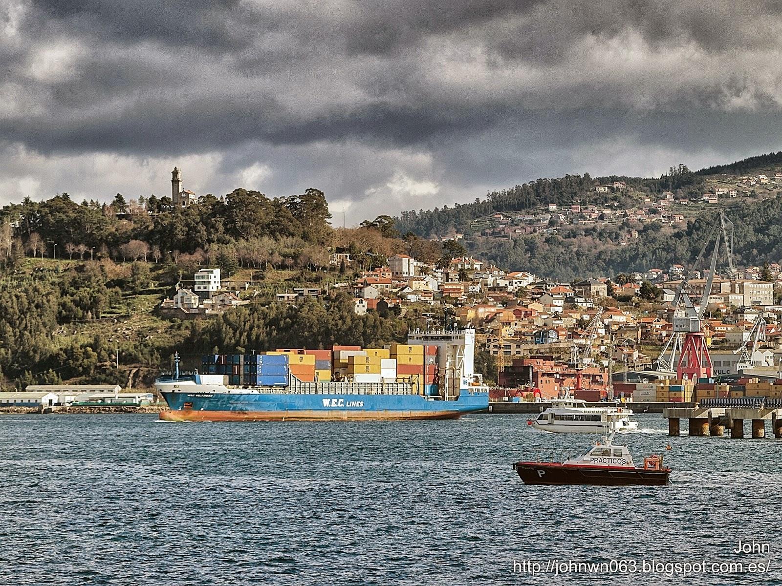 fotos de barcos, imagenes de barcos, wec velazquez, wec lines, vigo, container ship