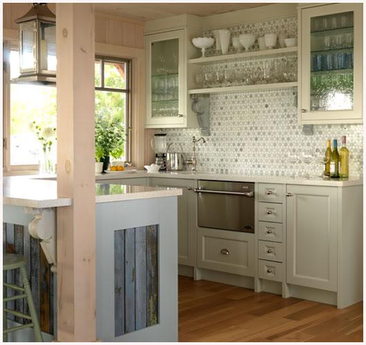 Beach Cottage Kitchen Kitchen: Celebrate & Decorate