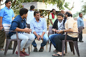 son of sathyamurthy shooting stills-thumbnail-19