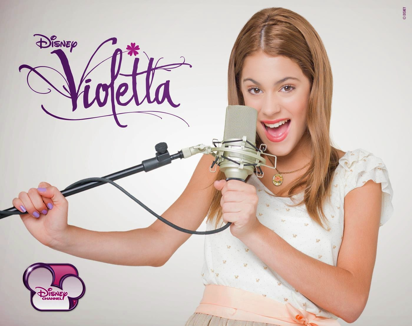 Violetta free printable images to use as invitations - Image violetta ...