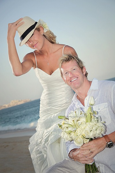 Wedding Photographer Cabo San Lucas and Deutschland
