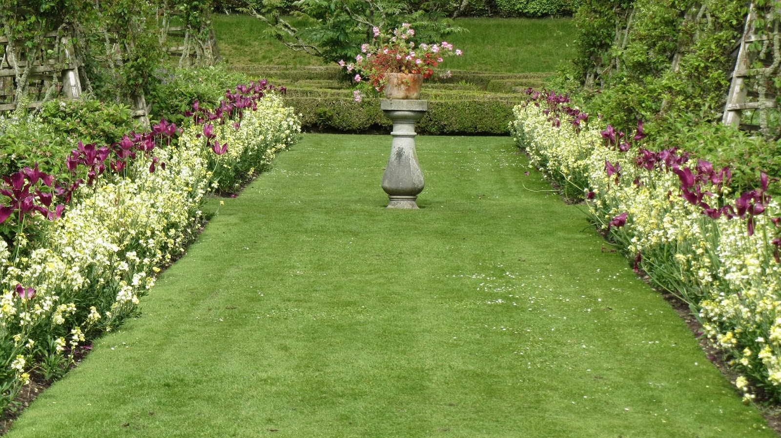 hortibus voyage vmf 71 chateaux et jardins prives d 39 ecosse. Black Bedroom Furniture Sets. Home Design Ideas