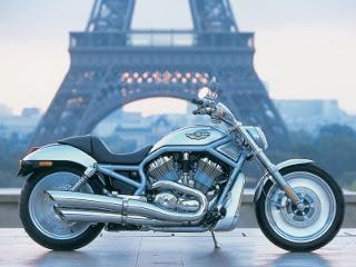 Harley Davidson u Parizu download besplatne pozadine slike za mobitele