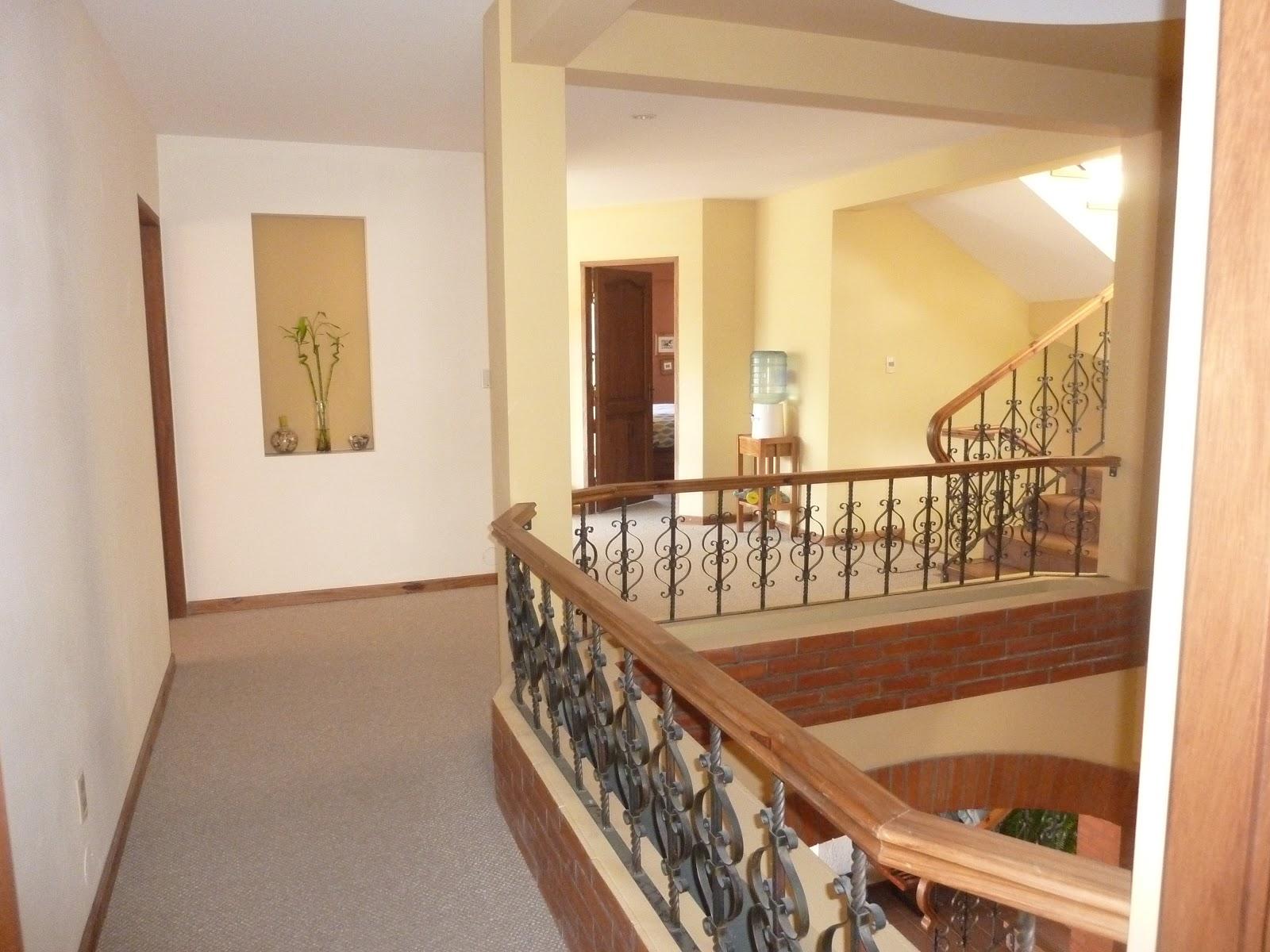 Vendo casa jupapina for Sala de estar segundo piso