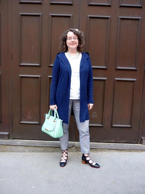 Long Line Cashmere Cardigan & Patterned Trousers | Petite Silver Vixen