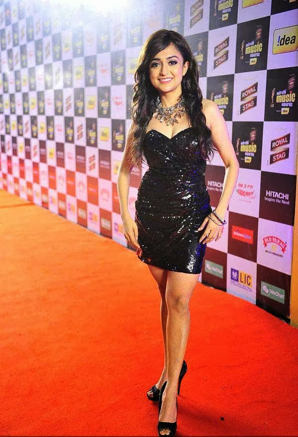 Monali Thakur at Mirchi Music Awards 2014
