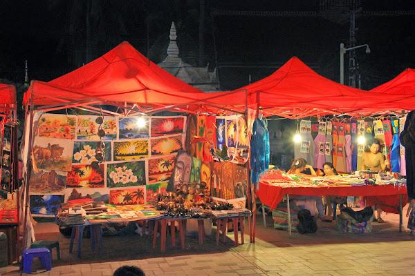 Shopping à Laos - Vientiane marché de nuit