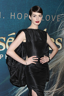 Anne Hathaway Les Miserables Premieres in New York City