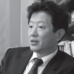 Giáo sư Kim Rando