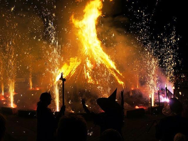 Fuegos de la Walpurgisnacht