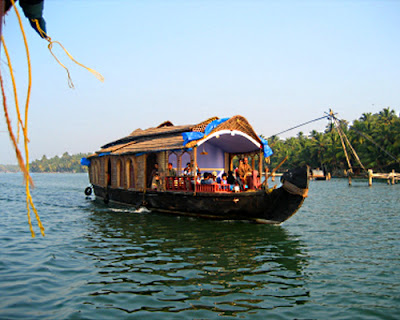Kumarakom Travel Guide