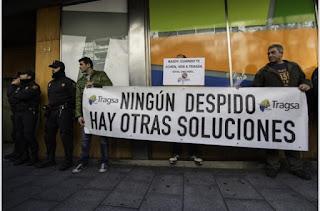 Trabajadores de Tragsa marchan hasta la sede de la SEPI para pedir el fin del ERE