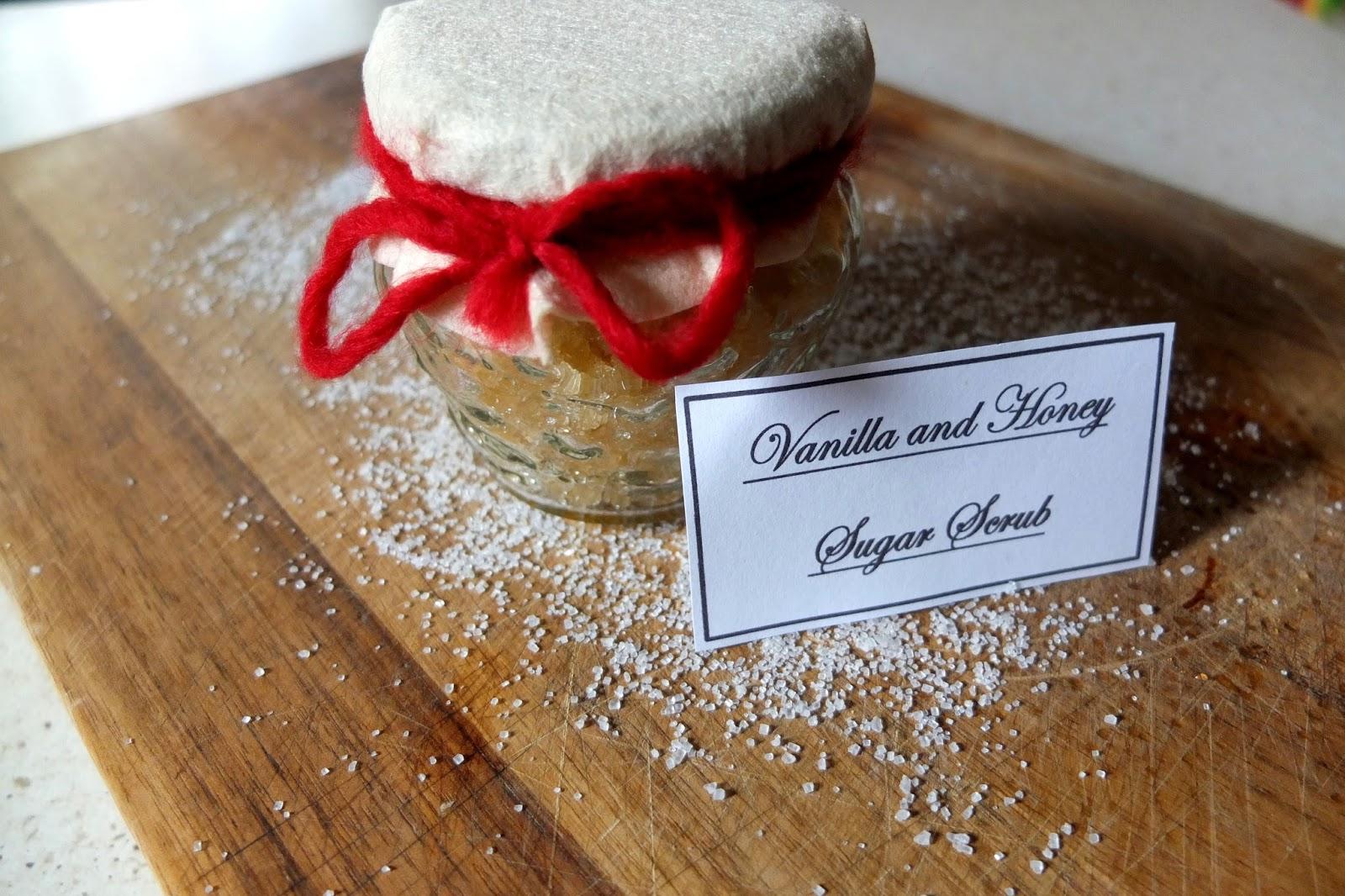 DIY: Vanilla and Honey Sugar Scrub!